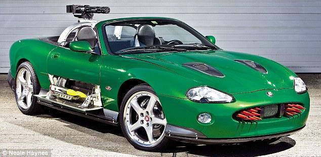 James Bond Jaguar XK
