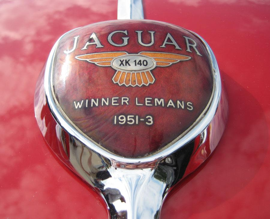 jaguar type C Xk 140 hood emblem 2 56