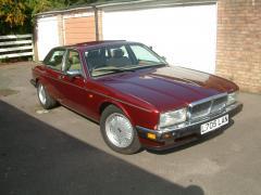 Daimler - V12 002.jpg
