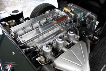 1967_Series1_EngineBay.jpg